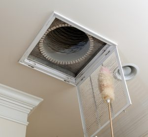 cleaning-vent-grate-ac