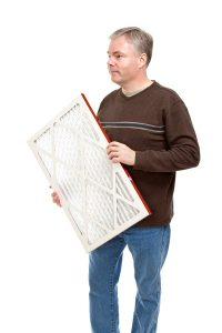 man-holding-disposable-filter